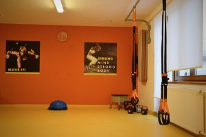 b.body studio - TRX, joga, kruhovy trenink, chair dance - plzen